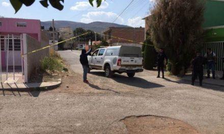 ¡Intentaron ejecutar a un joven a las puertas de su casa en Guadalupe!