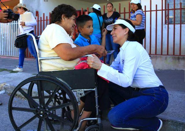 ¡Presenta Lorena Martínez propuestas a vecinos de La Soledad, Colinas del Río, Altavista y Fundadores!