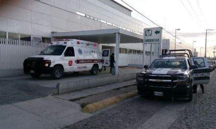 ¡Empleado de gasera está grave tras ser apuñalado 7 veces por 3 sujetos que intentaron asaltarlo en Lagos de Moreno!
