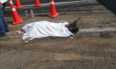 ¡Hombre murió infartado al trabajar asfaltando la carretera Lagos-San Juan!
