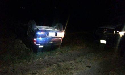 ¡Joven resultó lesionado tras la volcadura de su automóvil en Aguascalientes!