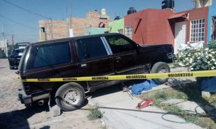 ¡Hombre murió aplastado por su camioneta en Lagos de Moreno!