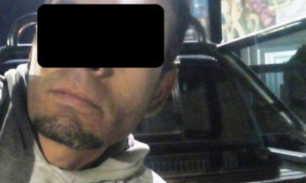 ¡Tras persecución, policías estatales detuvieron a un sujeto en un vehículo robado en Aguascalientes!