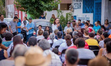 ¡Muerte Civil a funcionarios corruptos: Martha González!