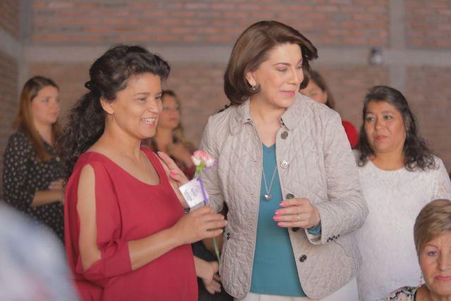 ¡Ratifica Lorena Martínez su compromiso de trabajo a favor de las mujeres de Aguascalientes!