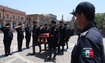 ¡Honor a quien honor merece: rinde Municipio de Aguascalientes homenaje a Ma. Guadalupe Lazcano Rentería, valiente policía!