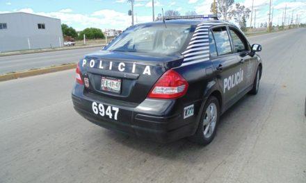 ¡Pistolero asaltó a un taxista en Aguascalientes y lo despojó del auto de alquiler a su cargo!