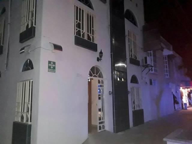 ¡2 pistoleros asaltaron una clínica de imágenes médicas en Aguascalientes!