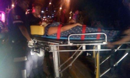 ¡Autobús chocó contra un tope en Lagos de Moreno y 4 pasajeros resultaron lesionados!