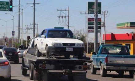 ¡Ejecutaron a un hombre y dejaron su cuerpo en la cajuela de un taxi en Guadalupe!