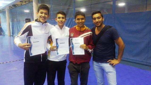 ¡Esgrimistas hidrocálidos obtienen pase para Olimpiada Nacional 2018!