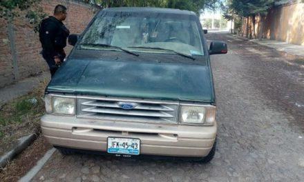 ¡Delincuentes armados asaltaron una planta de agua purificada en Lagos de Moreno!