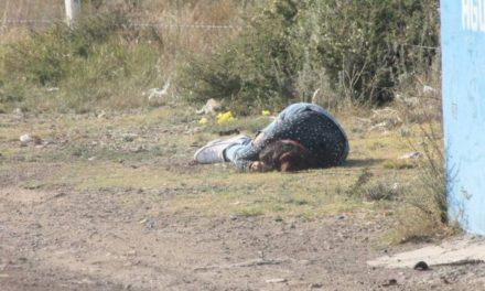 ¡Ejecutaron a una mujer en Fresnillo y tiraron su cuerpo cerca del 97 Batallón de Infantería!