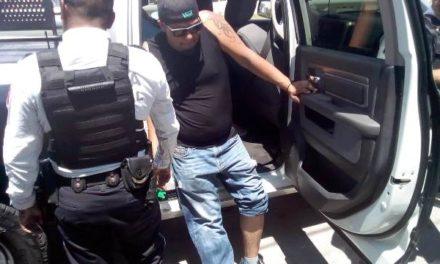 ¡Policía municipal baleó y lesionó al novio de su hija en Aguascalientes!