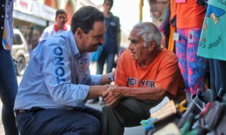 ¡Garantizar la salud pública en Aguascalientes, uno de los grandes retos de Toño Martín del Campo!