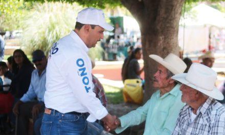 ¡Ofrecerá Toño Martín del Campo apoyos sin precedentes al sector agrícola!