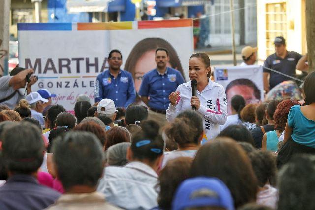 ¡Mayor seguridad aguascalentenses, prioridad para Martha González!