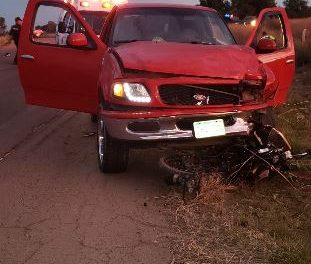 ¡Motociclista falleció tras chocar de frente contra una camioneta en Aguascalientes!
