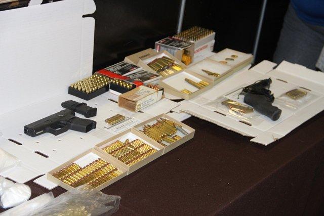 ¡Golpe al narcotráfico en Aguascalientes: 4 detenidos tras 8 cateos domiciliarios!