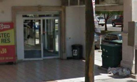 ¡Pistoleros asaltaron a una cuentahabiente y un negocio en Aguascalientes!
