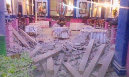 ¡Se derrumbó parte del techo del restaurante La Saturnina en Aguascalientes!