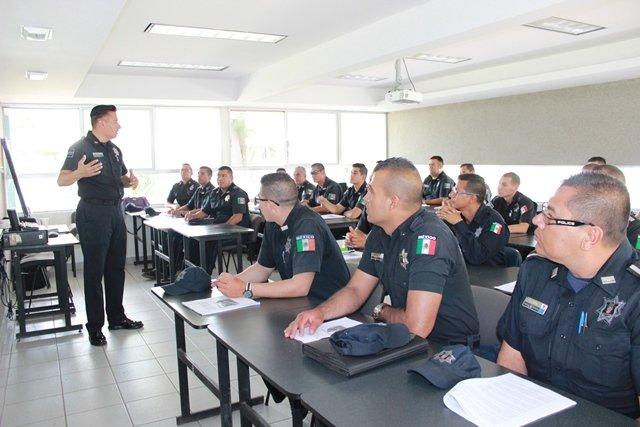 ¡Policías estatales en curso de formación especializada como primer respondiente!