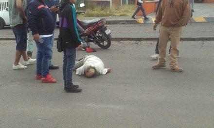 ¡Agoniza hombre que cayó de una motocicleta en Aguascalientes y sufrió lesiones graves!