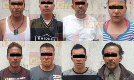 ¡Detuvieron a 7 sujetos y 1 mujer por drogarse y escandalizar en la vía pública en Lagos de Moreno!