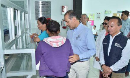 ¡Visita el gobernador las comunidades de Los Arellano y Los Cuervos!