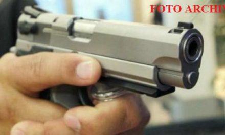 ¡A punta de pistola, 2 hombres fueron despojados de una camioneta en Aguascalientes!