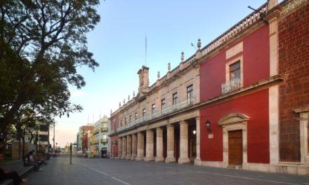 ¡Aprueba Ayuntamiento de Aguascalientes donaciones enfocadas a ampliar oferta educativa y otros puntos sobre atención a personas de la tercera edad!