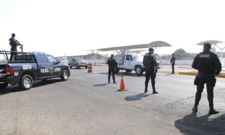 """¡Detuvieron a 2 sujetos y 2 mujeres con un kilo de """"crystal"""" en Aguascalientes!"""