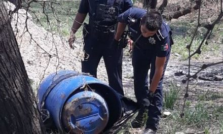 ¡Tambo que emanaba olores fétidos provocó movilización policiaca en Aguascalientes!