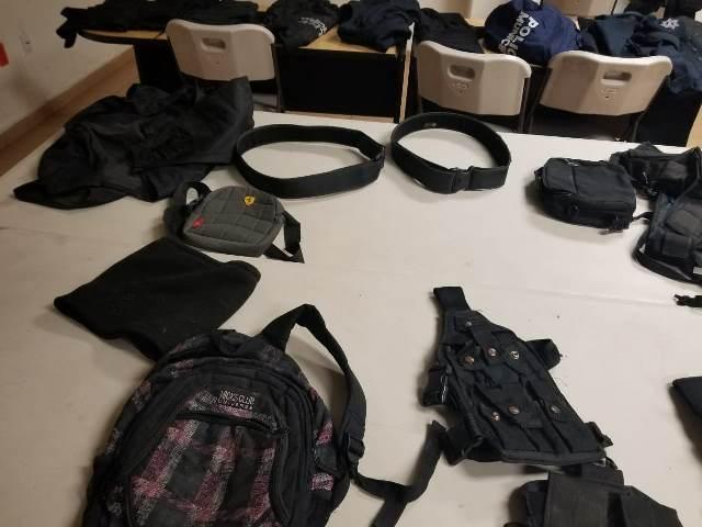 ¡La METROPOL detuvo a un sujeto y aseguró uniformes oficiales y equipo táctico en Guadalupe, Zacatecas!