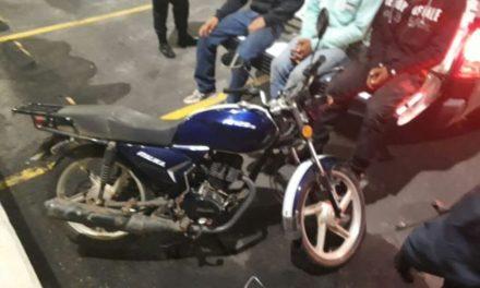 ¡Elementos de la PEP detuvieron a 3 sujetos que asaltaron una gasolinera en Guadalupe, Zacatecas!