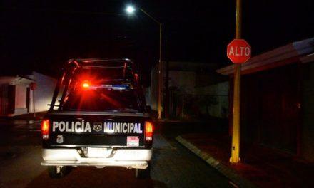 ¡Policías municipales de Aguascalientes auxiliaron a una joven que intentó quitarse la vida tomando medicamento controlado!