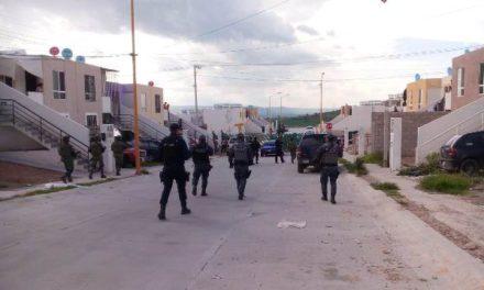 ¡Policías estatales detuvieron a vendedor de drogas con armas de fuego en Aguascalientes!