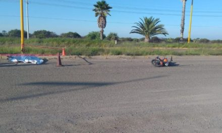 ¡Motociclista murió tras sufrir una caída por un bache en Aguascalientes!