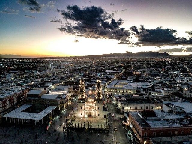 ¡Prepara Municipio iluminación para los festejos a la Virgen de la Asunción!