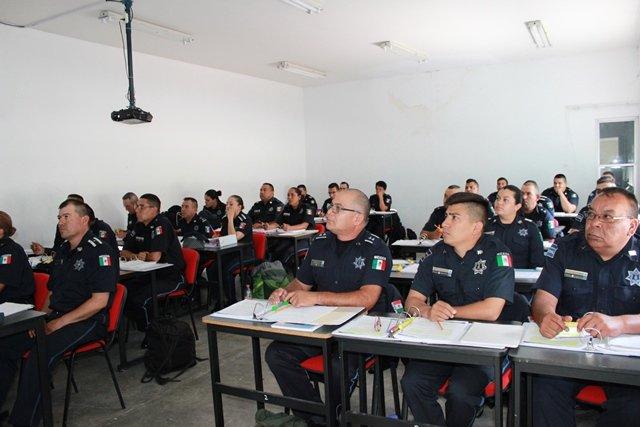 ¡Policías preventivos de municipios del interior en curso de formación!
