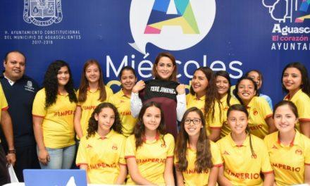 ¡Tere Jiménez da su apoyo incondicional a hidrocálidas futbolistas!