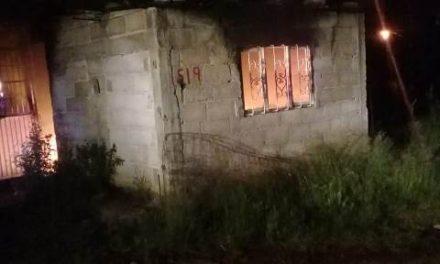 ¡Persona sufrió quemaduras tras incendiarse su casa en Aguascalientes!