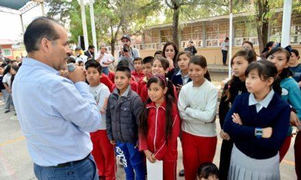 ¡Participación del gobierno y padres de familia, fundamental para mejorar las escuelas: MOS!