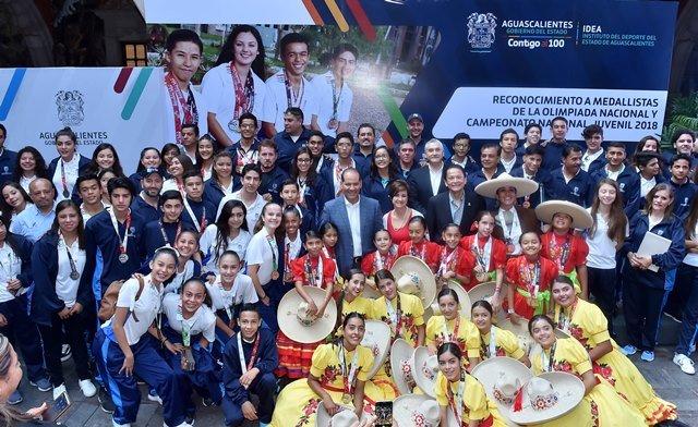 ¡Entrega gobernador becas deportivas a medallistas de la Olimpiada Nacional y Campeonato Nacional Juvenil 2018!