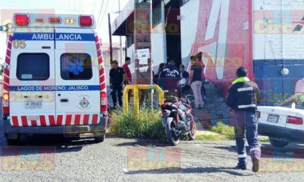 ¡Motociclista resultó lesionado tras colisionar contra otro vehículo en Lagos de Moreno!