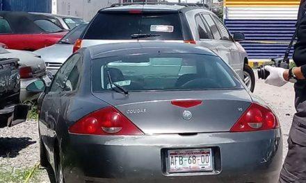 ¡Alcohólico fue encontrado muerto dentro de un automóvil en Aguascalientes!