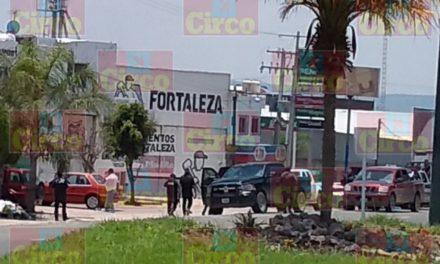 ¡Detuvieron a 2 sujetos tras reportes ciudadanos en Lagos de Moreno!