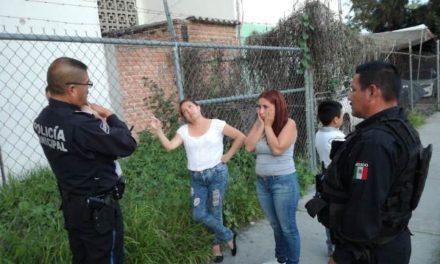 ¡Policías municipales de Aguascalientes le salvaron la vida a una bebé que no podía respirar!