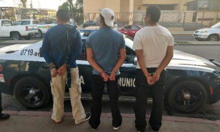 ¡Policías Municipales de Aguascalientes detuvieron a banda dedicada al robo en centros comerciales procedente de Celaya, Guanajuato!