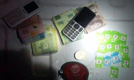 ¡Detuvo la PEP en Guadalupe, Zacatecas, a joven con dosis de cocaína y dinero en efectivo!